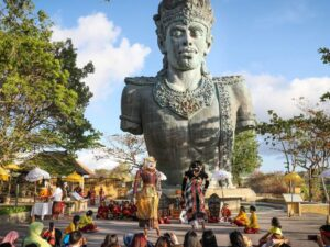 4D3N Bali Tour Package + Sunset Dinner @ Adhi Jaya Sunset Hotels