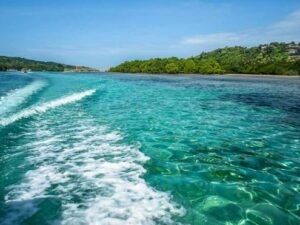 4D3N Baa3D2N Bali Nusa Lembongan Island Package + Bali Marine Walkli Honeymoon Adventure Cycling Ubud Tour Package