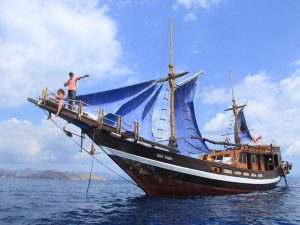 7D6N Lombok Honeymoon Package + Phinisi Putri Tropic