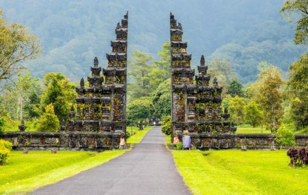 6D5N Best Bali Golf Tour Package + Barong Kintamani Package
